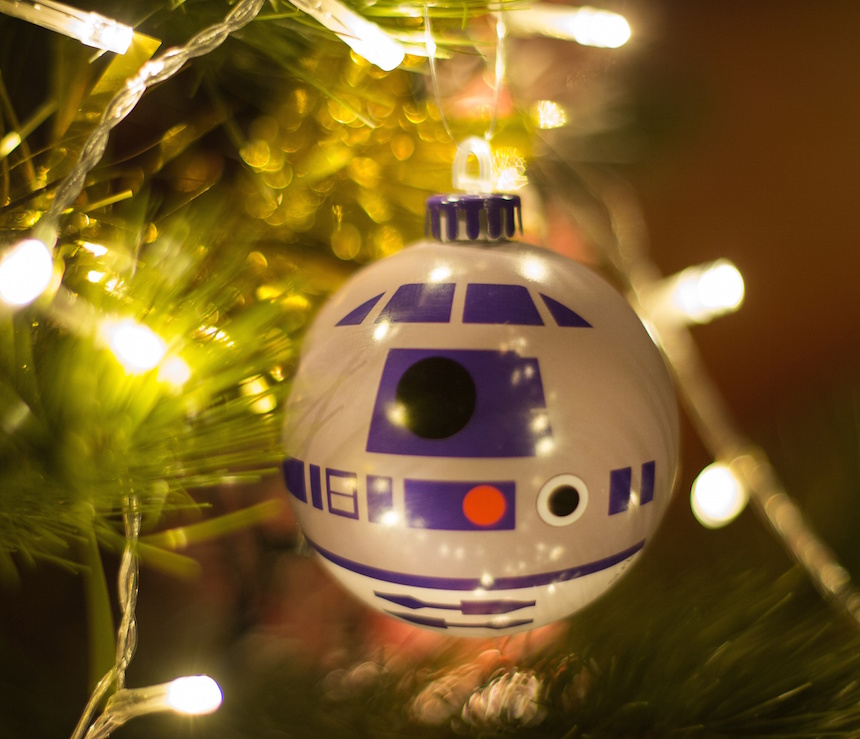 """STAR WARS"""" CHRISTMAS ORNAMENTS BRING THE FORCE TO YOUR TREE ..."""