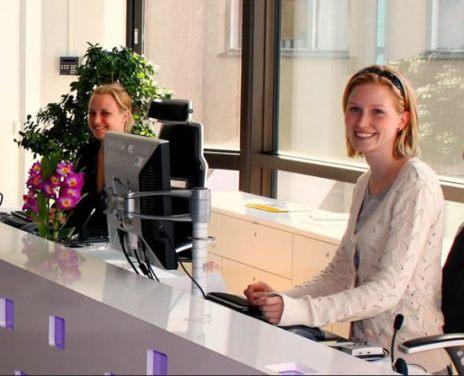 sweden-receptionist