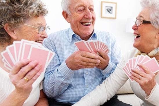 playing-card-games-may-help