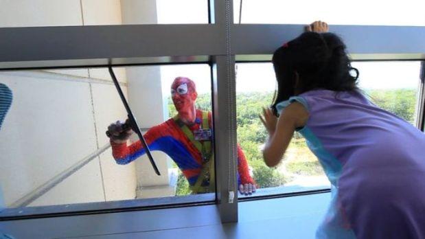 superhero-window-cleaners-2
