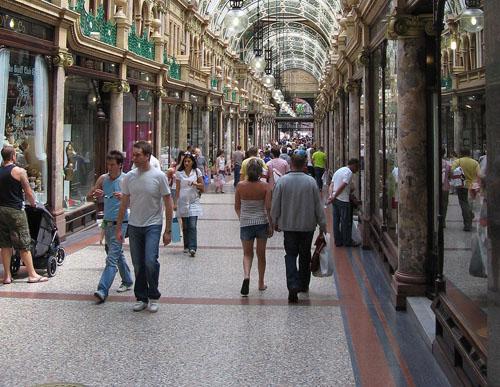 leeds_shopping_arcade-resized