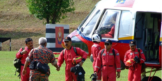 58_800px-mfrd_rescue_helicopter