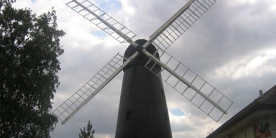 35_800px-brixton_windmill_sept_07